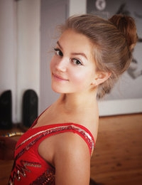 Melozia featuring Alexia by Koenart
