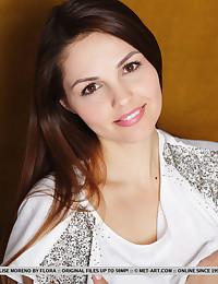 Niada featuring Alise Moreno by Flora