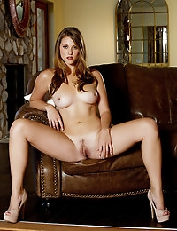 Shae Snow gently massages her aroused clit