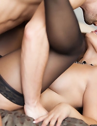 Jessica Bangkok & Richie Calhoun in Rough and Tumble
