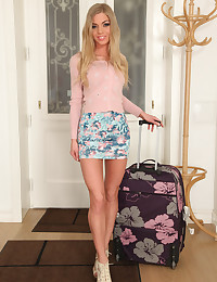 Watch MikesApartment scene Licking Lolly featuring Lolly Gartner Browse FREE pics of Lolly Gartner from the Licking Lolly porn video now