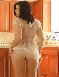 Keisha Grey gets straight to business on the kitchen counter
