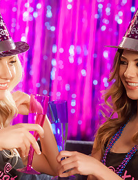 Kathrynn St Croixx with her girlfriend Shyla Jennings celebrate New Year with a bang!